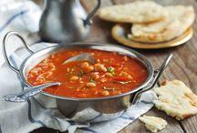 polievky a jedlá