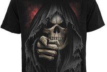 T-shirts gothique et fantasy homme / Photos et images de tee shirts gothique et dark fantasy homme : squelettes, vampires, crânes, tête de mort, créature fantastique, dragons, T-shirts gothique manches courtes et longues, débardeur