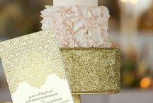 Gold Glitter Wedding / Inspiration for your gold glitter wedding. Find more at www.lemontreestationery.com