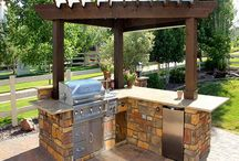outdoor kitchen / by Carrie Darby