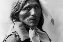 Native American / Im captured by the beauty of these old photos