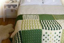 afghan met wit en groen