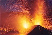 Volcanoes / Outstanding Photos of Volcanoes