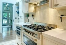 Kitchen of the Week / Our picks for the best projects online featuring Verona Cooking Appliances.