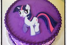 twilight sparkle cake