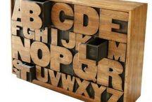 Unsere Highlights / Hier gibt es immer wieder unsere Highlights aus unserem Online-Shop oder einzigartige Buchstaben Fundstücke zu sehen. Viel Spaß!