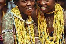Krobo, bodom beads from Ghana and dipo ceremony, perles Krobo Ghana