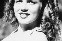Vintage Hollywood / by Danielle Ballinger
