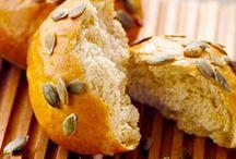pain, petits pains, buns, bagel, gressins etc ... / pain, petits pains, buns, bagel, gressins, brioches, etc ...