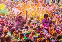 Festivals / Happy people, festival styles and other things seen at summer parties