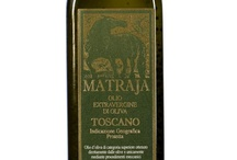 Oil / The Lucca region is world renowned for its quality extra virgin olive oil, one of the best in Italy and probably the world. Yuo can buy it at Enoteca Calasto and on our website www.lucca-wine-treasures.com
