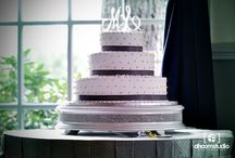 Wedding Cake   Dhoom Studio Photography / For more wedding cake photo inspiration please visit http://www.dhoomstudio.com/blog