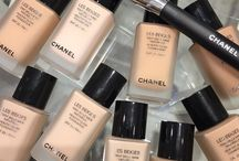 chanel / A women who doesn't wear perfume has no future.