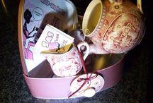Present for my girlfriends birthday: An invitation high tea. / diy birthdaypresents