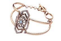 vintage glam jewelry / vintage glam jewelry