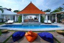 Villa Mutiara Putih / Modern Villa/Home dekorasi dengan kolam renang