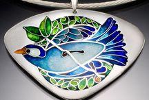 Enamel jewelry / by Maria Cristina Llanos