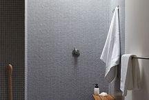 silver tiles / reflektion lichtwirkung  raumatmosphäre