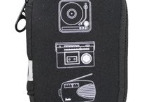 Pack the Tech! / Nice little bag to help you to collect your tech product!