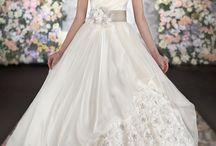 weddingdresses / Lovely weddingdresses