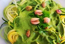 ⓥ Raw Zucchini Noodles Pesto ,with the best sauce Pesto ever / (Coriander,Baby Spinach, Oregano, Basil ,Raw Pistachios ,Raw Almond Milk,Onions)