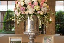 statement floral designs / Impactful Statement Floral Designs