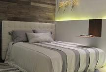 Quartos / As cores influenciam no humor, aqui estão algumas idéias de como equilibrá-las na decoração de seu quarto sem perder o seu estilo.