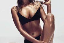 SEXY BABES / Celebrities