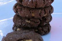 Yummy Goodness ~ Cookies, Cakes & Sweet Stuff / by Tamara Zagola