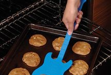 Kitchen gadgets / Gadgets to make feeding yourself easier and cooler!