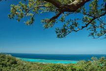 Roatan Views / The high points where land and sea meet..