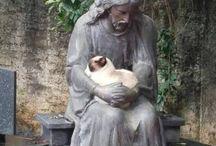 Kočky má rád Buddha i Ježíšek