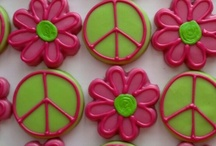 Peace sign and daisy cookies