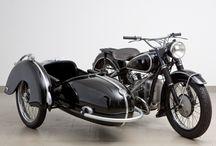 oldalkocsis motorkerékpár