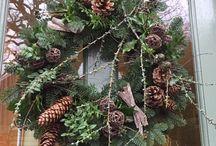 Christmas Door Wreaths / Torchau Nadolig