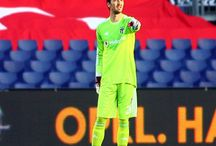 Feyenoord - Beşiktaş (1-2) / Beşiktaşımız ilk maçta deplasmanda Feyenoord'u 2-1 le geçti ve tur için büyük bir avantaj yakaladı.