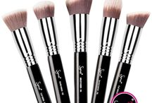 Makeup Brushes + +