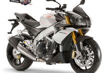 Aprilia Tuono V4 R ABS / Tracing its roots from the original v-twin powered Tuono R in 2002, through to the change to a firebreathing V-4 engine in 2011, the updated for 2014 Tuono V4 R ABS now boasts a heady 170hp at 11,500rpm backed up by a strong 111.5Nm of torque at 9500rpm.