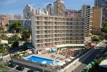 Hotel Servigroup Rialto*** / El #Hotel Servigroup Rialto se encuentra situado en una tranquila zona residencial del Rincón de Loix, a tan sólo 300m. de la Playa de Levante de #Benidorm. // The Hotel Servigroup Rialto is located in a residential area of Rincón de Loix, just 300 m. walk from Benidorm's Levante Beach.