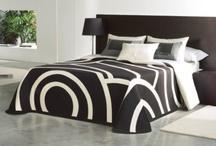 En noir et blanc... / Le noir et le blanc... Deux couleurs graphiques, design... Le top de la tendance!