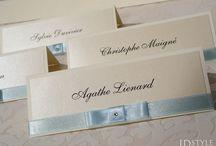 winietki na stół / Niewątpliwie należą do niezbędnych ślubnych dodatków. Dzięki nim każde przyjęcie stanie się bardziej eleganckie.