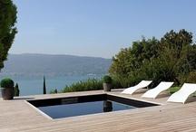 Piscines design / Chez Piscinelle notre exigence absolue est l'esthétisme, l'intégration harmonieuse du projet piscine au sein d'un espace pré-existant.