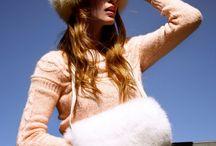 Sacs et gants en cuir et fourrure / Decouvrez tous nos Sacs, Echarpes, Manchons et gants en cuir et en fourrure