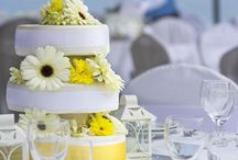 The Wedding Cake / Ideas about wedding cakes and sweets that can be offered at a wedding.
