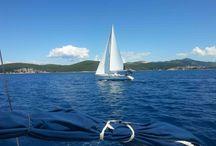 Segelreisen Kroatien / Begeben Sie sich auf einen Segeltörn an der Adriaküste und lernen Sie Kroatien von einer ganz anderen Seite kennen!