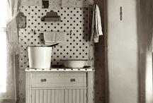 I Just Love Old Kitchens!