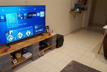 Amazing diy TV stand