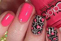 Pattern made with dotters / #nailart #dots #patterns #dotter
