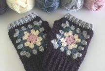 Crochet / knitted gloves