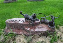 Unusual Gravestones / unusual and unique gravestones